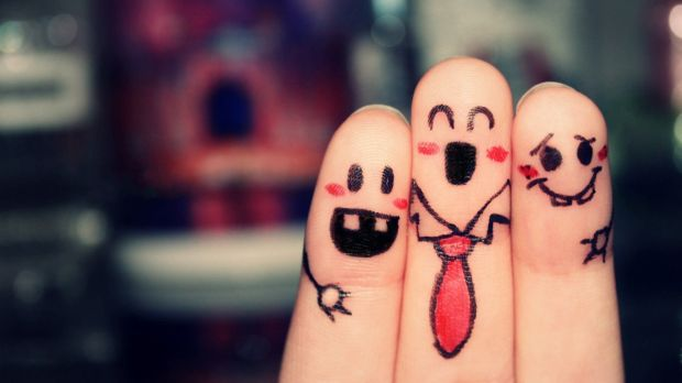 finger-friends-wallpaper